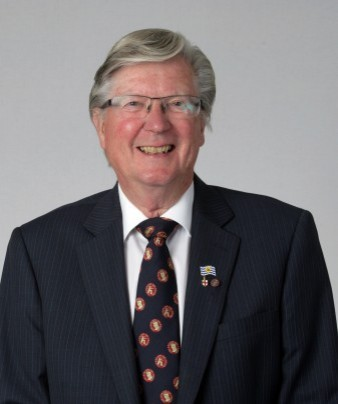 Cllr Roger Beeching MBE, JP (CON)